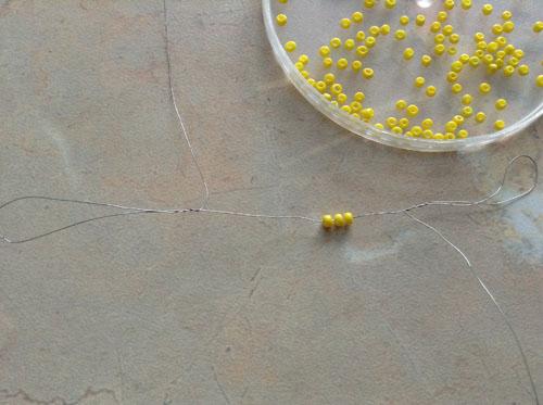 Схемы изготовления цветов из . плетения бисером и стеклярусом . бисероплетение впервые, с . . стразами...