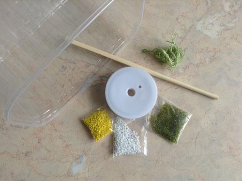 Изготовление лепестков в технике параллельного низания.  Для лепестка отрезаем проволоку длиной 35-40 см...
