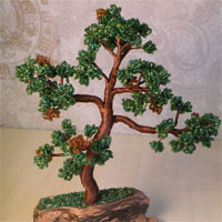Создание дерева бонсай из бисера требует значительных затрат времени, терпения и упорства.  Но зато полученный в...