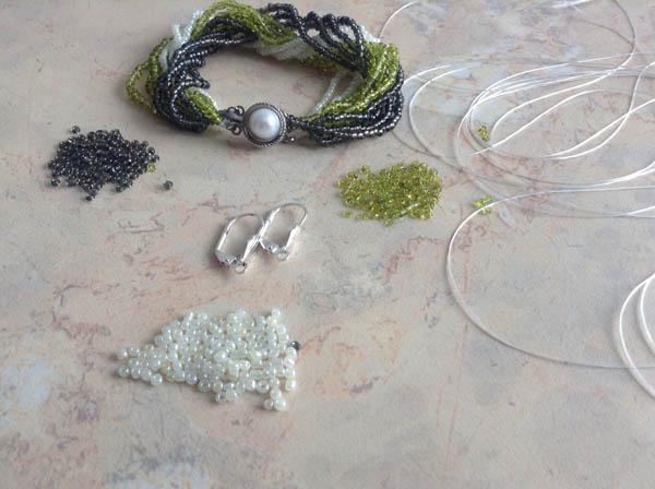 Материалы и инструменты для изготовления серег из бисера