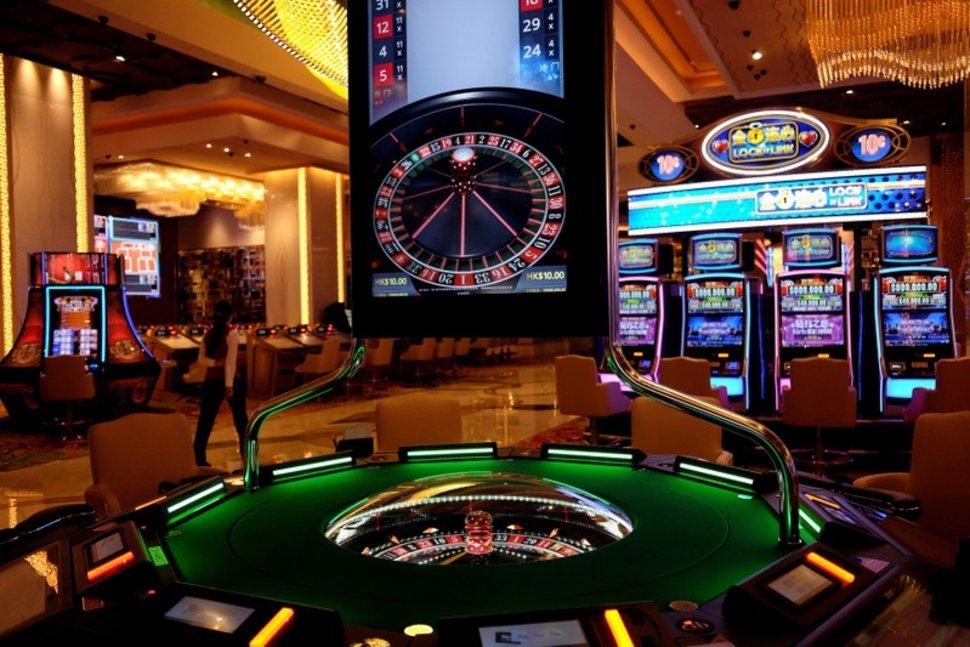 официальный сайт казино в avada 10 как найти