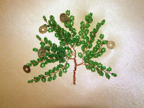 Веточки дерева из проволоки и