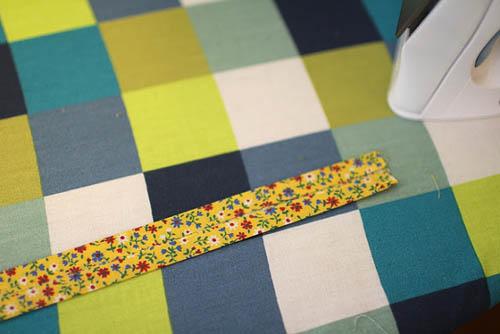 Изготовление завязок для подушки на стул