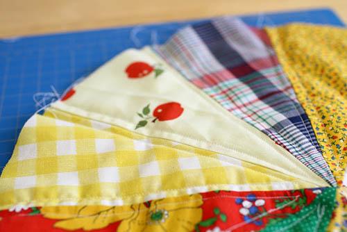 Пришивание к поролону лоскутков ткани